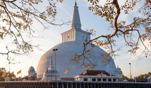 anuradhapura temples in sri lanka