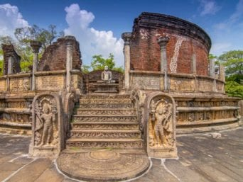 Polonnaruwa Day Excursion